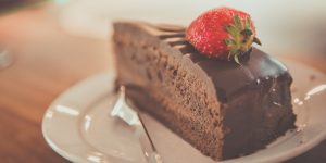 Send dessert to another table in a restaurant